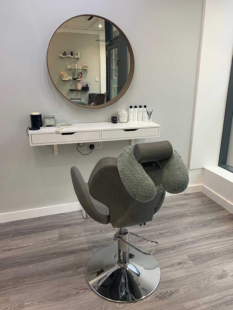 Beaú Beauty Bar new Huntingdon salon